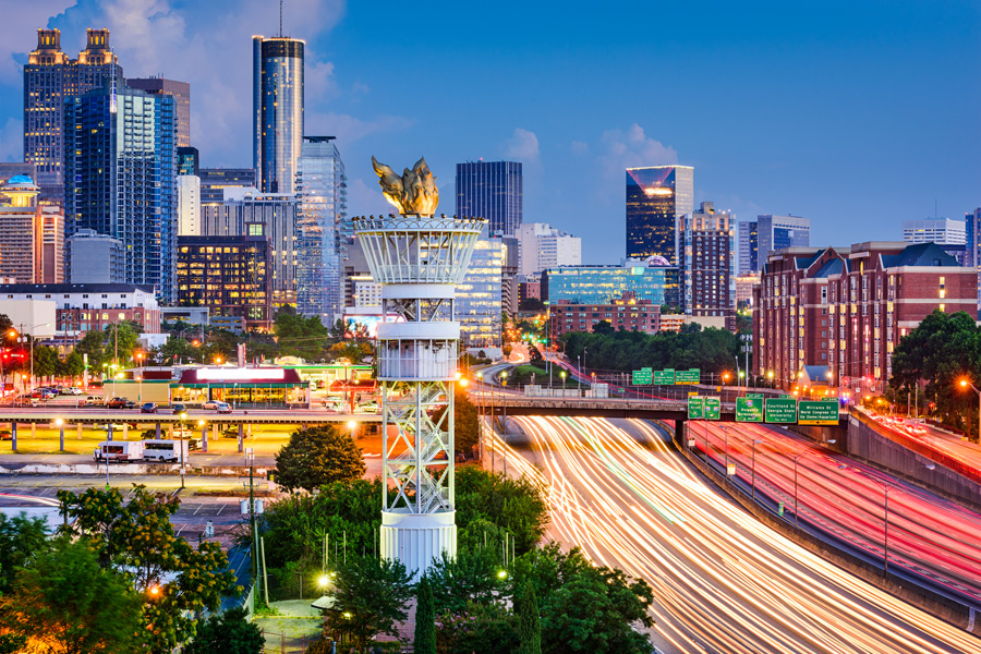 Atlanta-Georgia-USA-downtown-skyline-over-Interstate-85