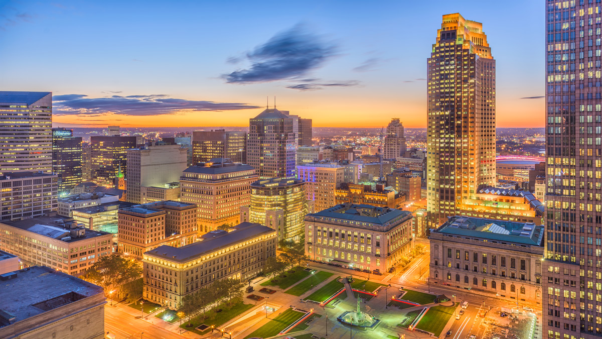 Cleveland-Ohio-USA-downtown-cityscape-at-dawn