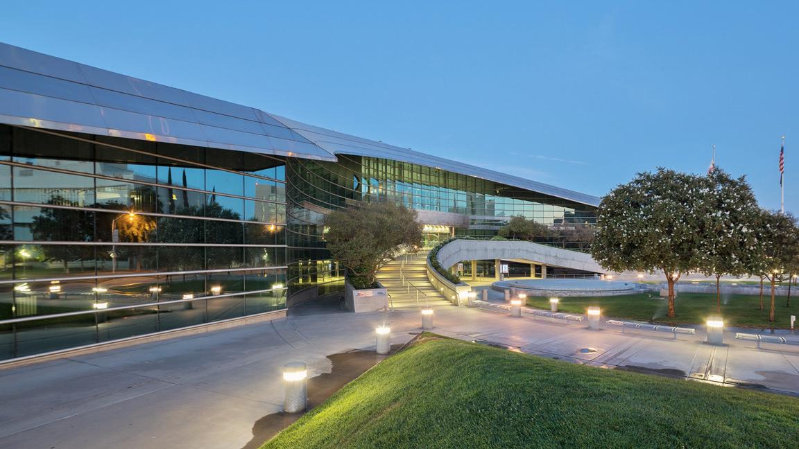 Fresno-City-Hall