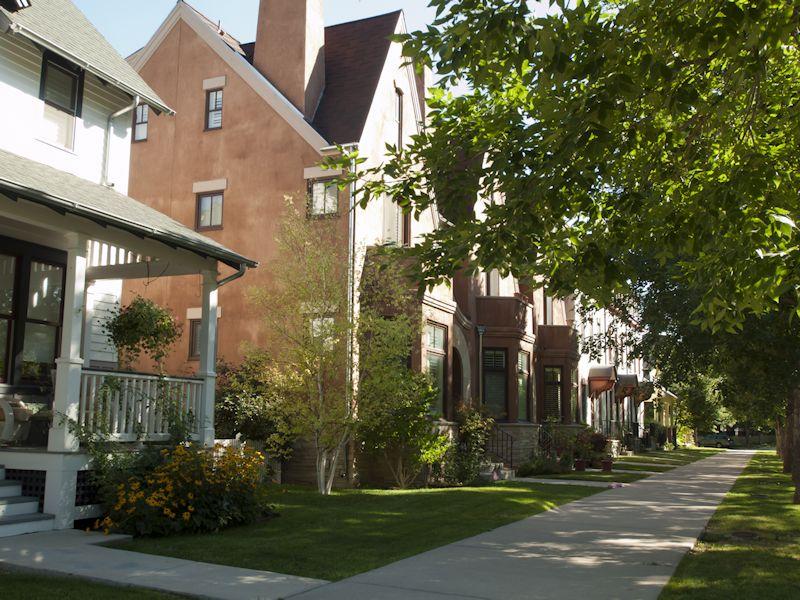 Longmont-street-800