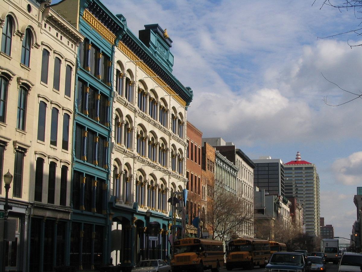 Louisville-city