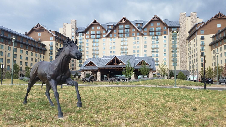 hotel-in-aurora