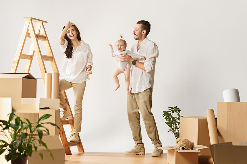 couple-moving-w-baby