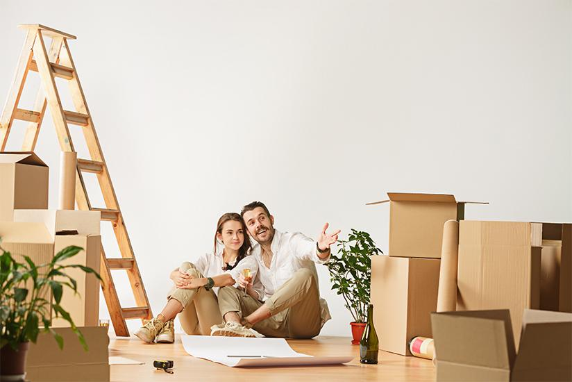 couple-packing-for-a-move